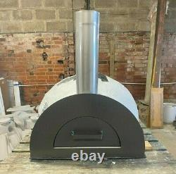NOW REDUCED TO CLEAR Outdoor wood fired pizza oven Ex show demo
