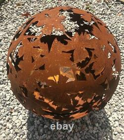 Foyer De Réchauffeur De Patio Pour Le Rrp De Jardin £999 Globe Oxydé De Globe D'acier Oxydé