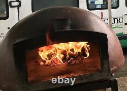 Grand Four À Pizza Au Feu De Bois Extérieur