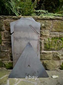 Puits De Feu Contemporain Extérieur De Jardin, Foyer Triangulaire, Brûleur De Notation