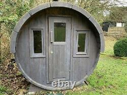 Sauna Extérieur De Baril Tiré Au Bois